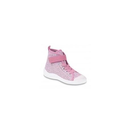 Krásné botičky s pevnou patou a ohebnou podrážkou. 7bf2284144